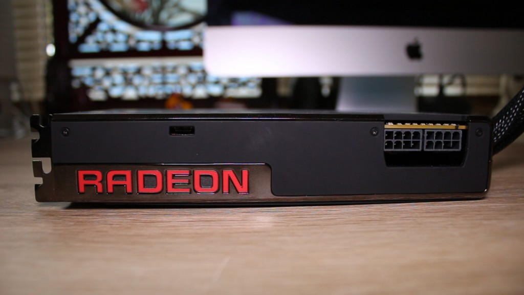 AMD Fury X Review.00_01_50_01.Still008